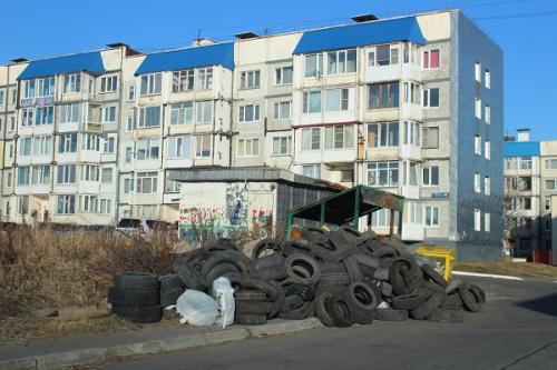Принимать покрышки у населения бесплатно предлагают камчатские активисты