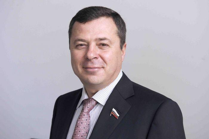 На Камчатке обвиняемому в убийстве депутату из списка Forbes продлили домашний арест