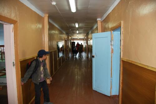 В малокомплектных школах шести районов Камчатки с понедельника начнется нормальная учеба . Школа с.Манилы, фото из архива РАИ