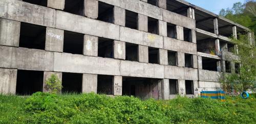 Общественники насчитали в Петропавловске-Камчатском 12 опасных заброшенных зданий  (Фото)